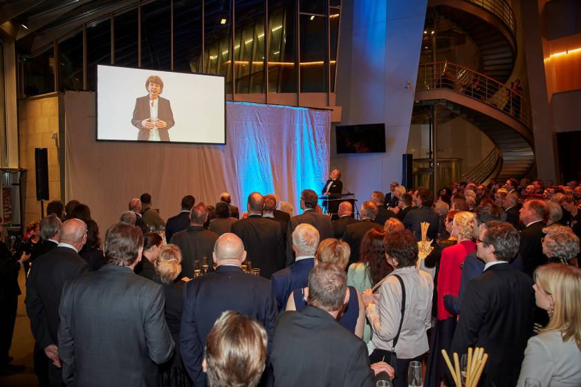 Gala 2019 Videobotschaft durch Frau Oberbürgermeisterin Henriette Reker
